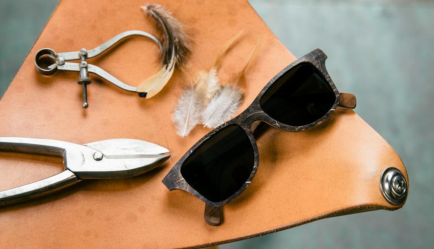 lunettes en plume