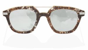 lunettes en café