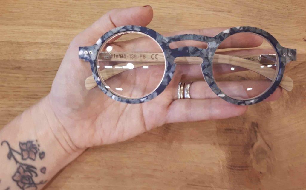 lunettes en bois mélaminé